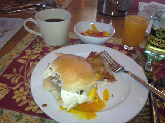 Gateway Guesthouse: Breakfast slider with home-made ground beef, topped with egg, & more!