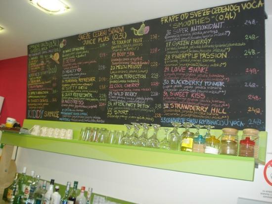 Wake Up Juice Bar: Big menu - lots of choices