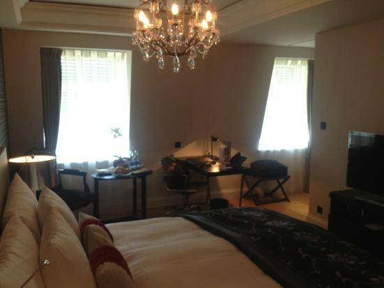 Schweizerhof Hotel & Spa: Room