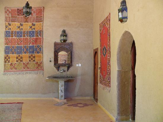 Guest House Merzouga: public area