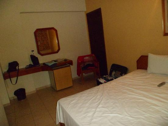 Lider Palace Hotel: Habitacion