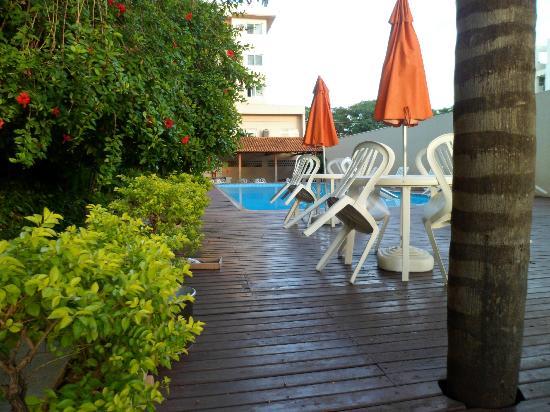 Lider Palace Hotel: zona de piscina