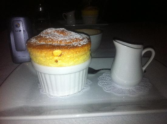 Waipoua Lodge: Lemon Souffle