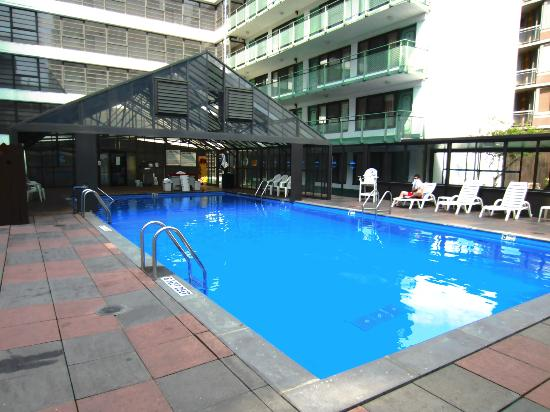 Travel Inn Hotel New York: The Pool