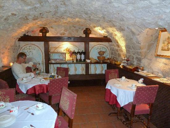 Hotel de la Bretonnerie: Breakfast room