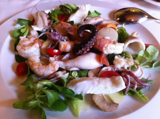 Vecio Macello: Warm seafood salad