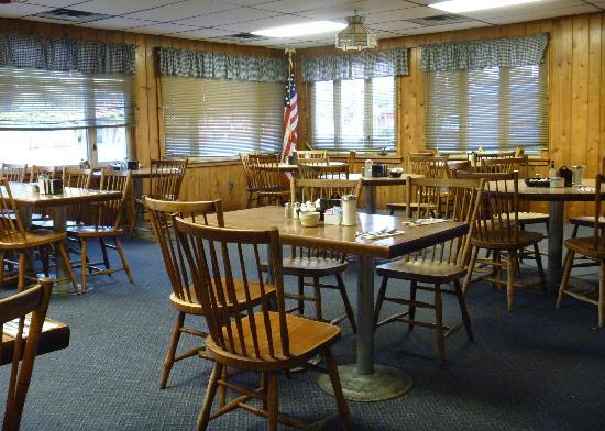 Hill Top Restaurant: main dining room