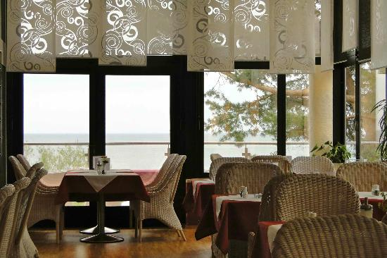 Panorama Hotel Bansin: DINING WITH SUNSET