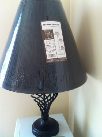 "Summer Place Hotel: ""shady"" lamp unpacked from store"