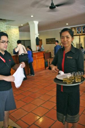 Grand Sunset Angkor Hotel: A REFRESHING WELCOME DRINK AND COLD TOWEL
