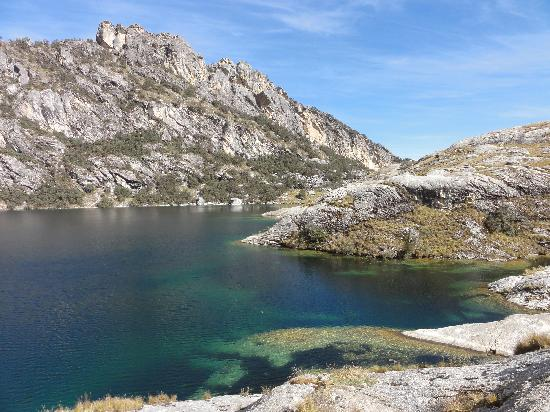 Lake Churup: the other end of the lake
