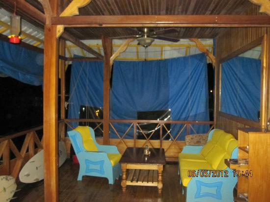 Hotel Olas: 2nd story deck