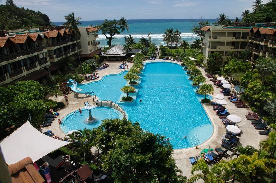 Merlin Beach Resort: Swimming pool 1