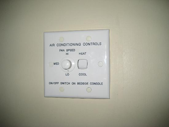 Rydges Capital Hill Canberra: Room Air Conditioning Control