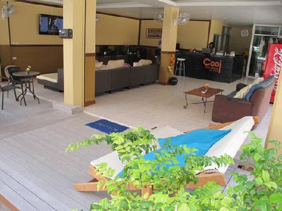 Cool Sea House: Reception