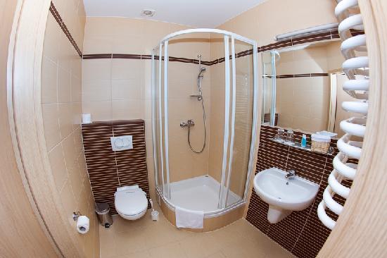 هوتل أمبر: Bathroom