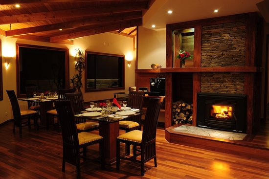 Westhaven Luxury Lodge: Dining area