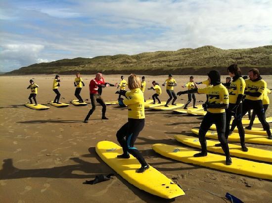 Surfworld Bundoran: Group Surf Lessons