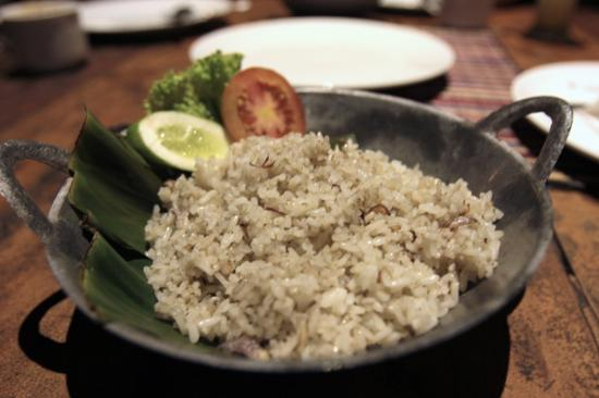 Imah Seniman: nasi sangrai - one of the best dish