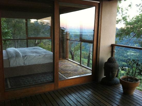 Koonyum Range Retreat Byron Bay: The bedroom with a 180 deg view