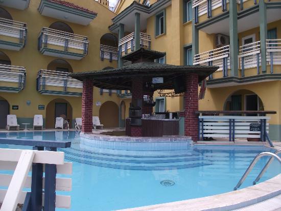 Rayon Apart: The pool and bar area
