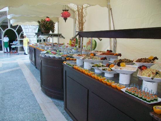 Club Marmara Kimeros Hotel : buffet