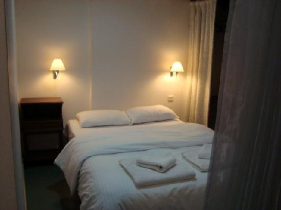 Istanbul Suites: Bedroom