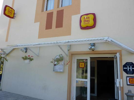 P'tit Dej-Hotel Amys - Voreppe : Exterior