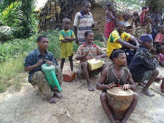 República Democrática del Congo: Pymies traditional Dances