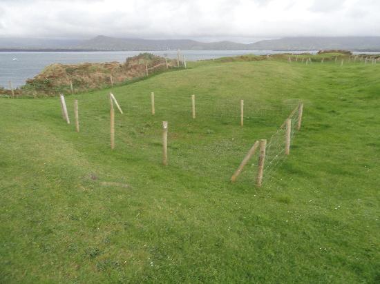 Dun An Oir: Random fenced off area