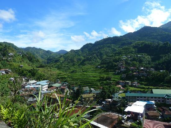 Banaue Homestay: La vue de la terasse où l'on peut se faire servir les repas