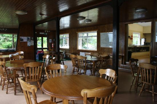 Loch Ness Youth Hostel : Dining area