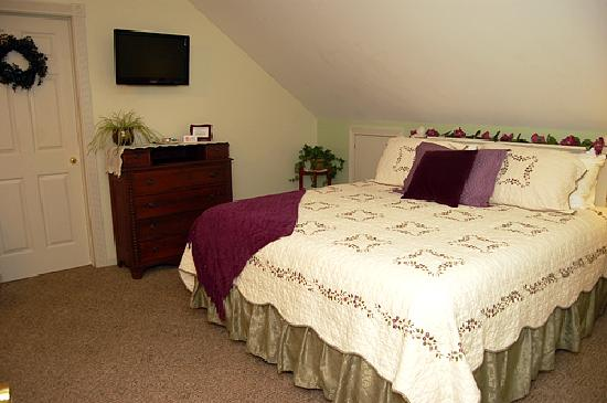 Almost Home Inn Ogunquit: The Vineyard Suite