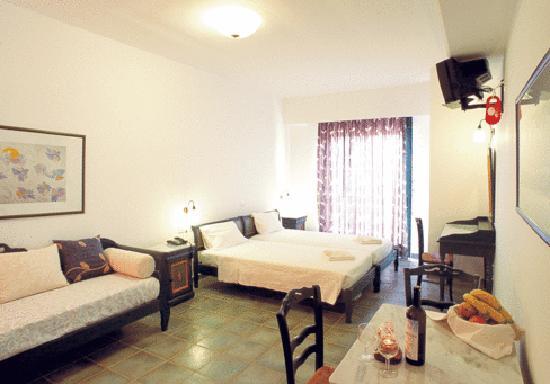 Villa Platanias: room