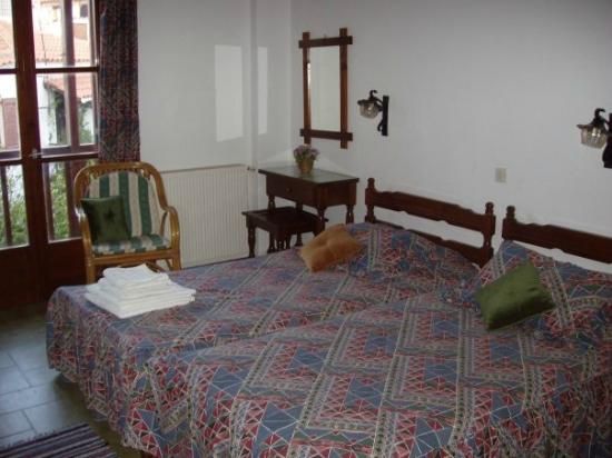 Hotel Morfo: room
