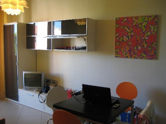 Noha Residence Hotel: salone