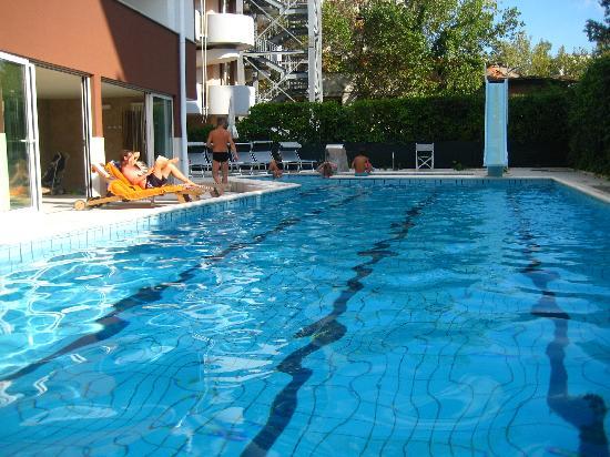 Noha Residence Hotel: piscina