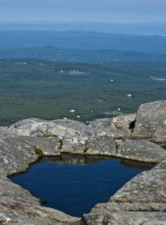 Mount Monadnock State Park: This is one of the photos I captured while at the summit of that trip.