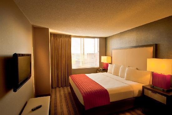 Avenue Suites Georgetown: One Bedroom King