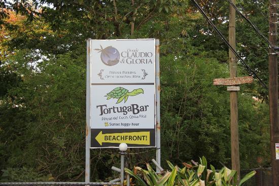 Claudio y Gloria: Lovely Beach Location