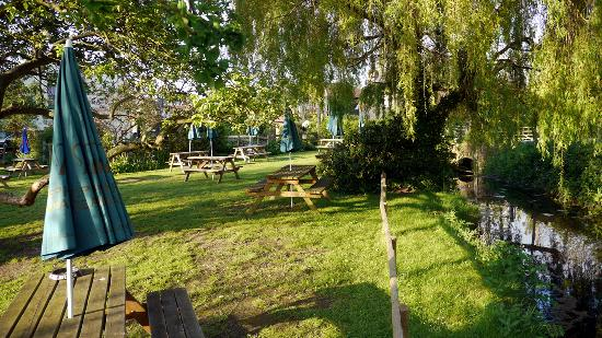 The Gate Inn: There's Pub Gardens... and there's ours! :-)