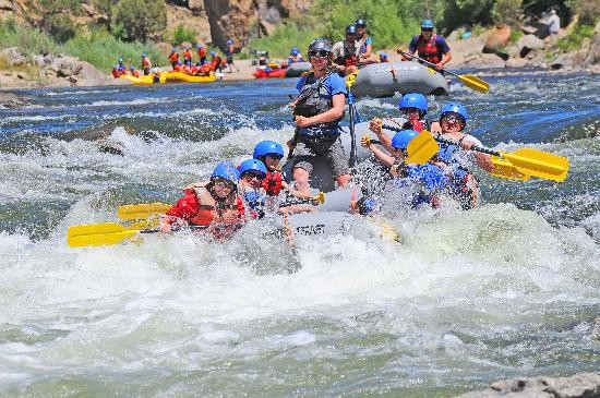 River Runners: Whitewater raft trips in Colorado on the Arkansas River