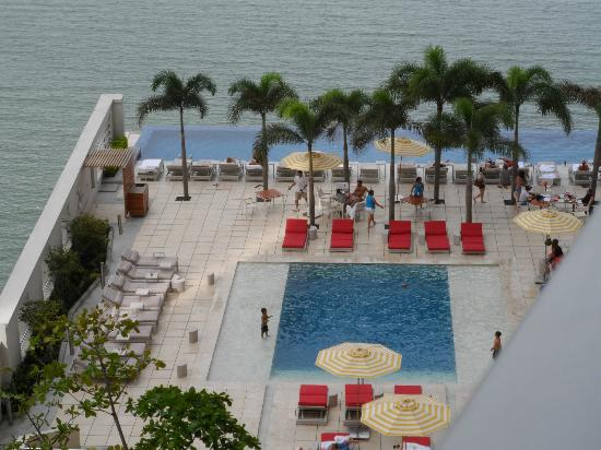 Trump Ocean Club International Hotel & Tower Panama: pool view from room