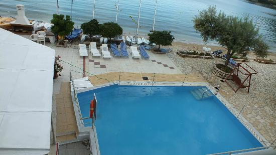 Nikiana Beach: The pool