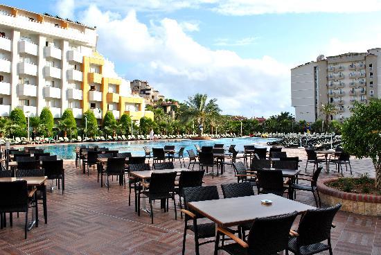 My Home Resort Hotel: Terrasse