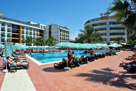 Piscine picture of my home resort hotel avsallar for Alarme piscine home beach