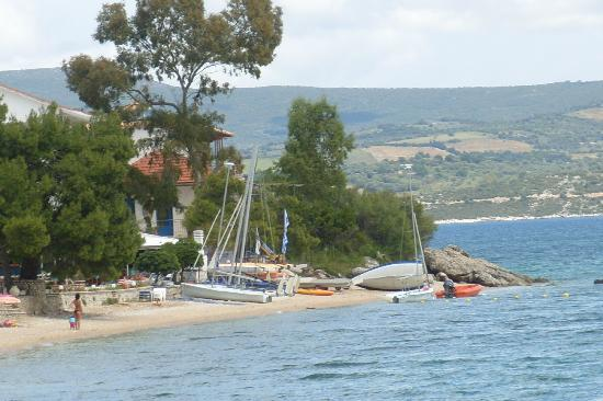 Nikiana Beach: The boats