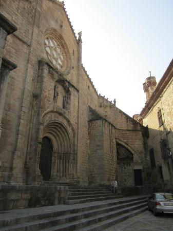 Catedral de Plasencia: Las Catedrales, Fachada Románica