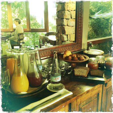 Tsala Treetop Lodge: Breakfast Table II