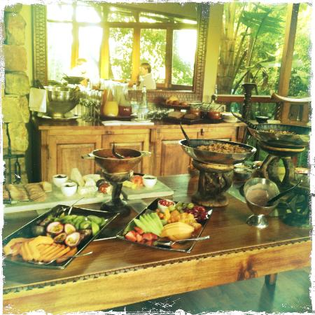 Tsala Treetop Lodge: Breakfast Table